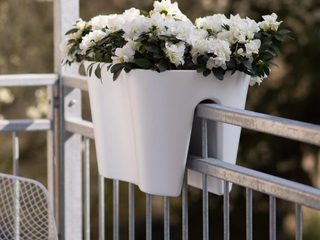 rephorm solutions pratiques pour petits balcons joli place. Black Bedroom Furniture Sets. Home Design Ideas