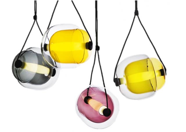 les luminaires en verre joli place. Black Bedroom Furniture Sets. Home Design Ideas