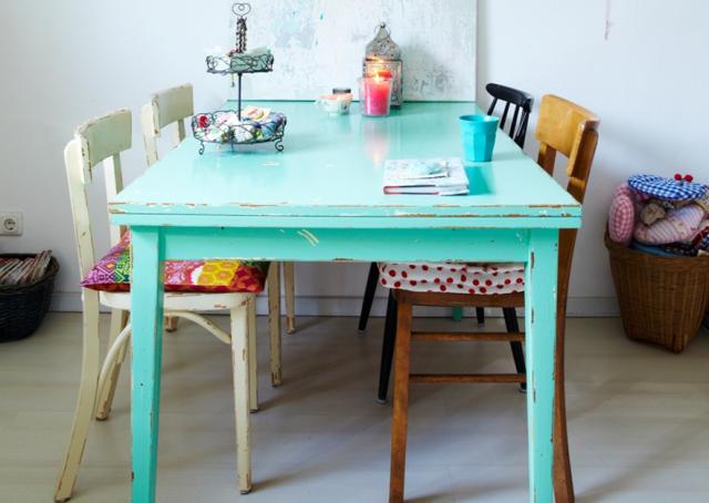 5 idées pour repeindre une table - joli place - Repeindre Une Table De Cuisine En Bois