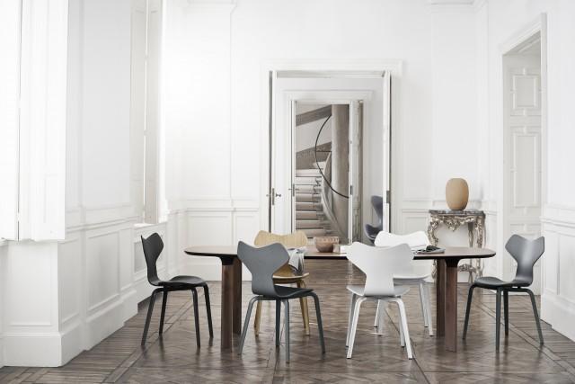 les chaises grand prix et drop r dit es joli place. Black Bedroom Furniture Sets. Home Design Ideas