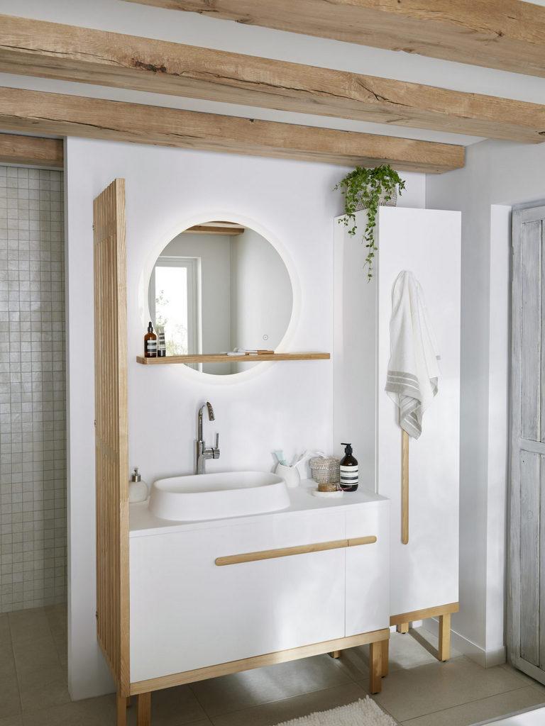 Bois Salle De Bain une salle de bain en blanc et bois - joli place