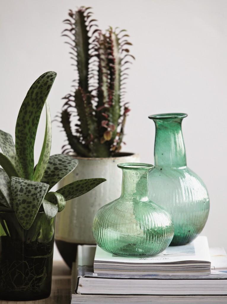 inspirations pour une d co en vert fonc joli place. Black Bedroom Furniture Sets. Home Design Ideas