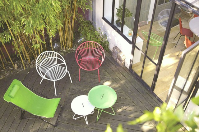 Un salon de jardin color joli place - Salon de jardin metal colore ...