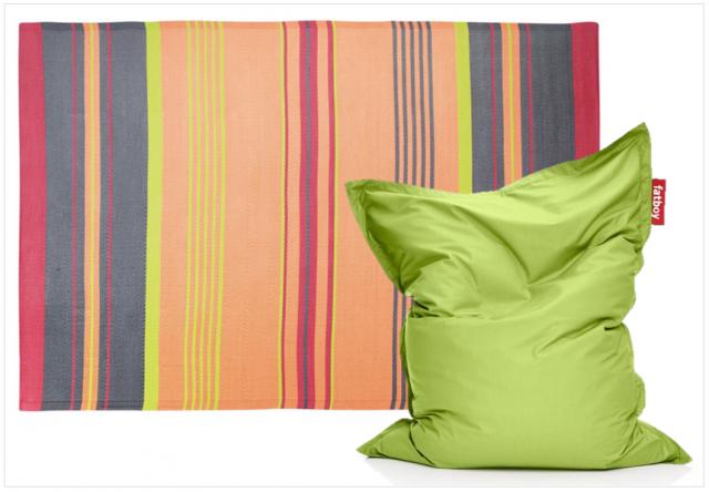 Un salon de jardin color joli place - Tapis outdoor pas cher ...