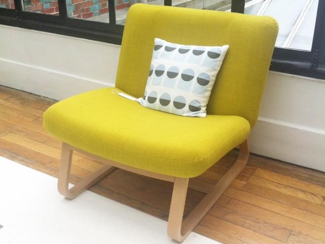 Une collection design d 39 inspiration scandinave joli place - Fauteuil scandinave jaune ...