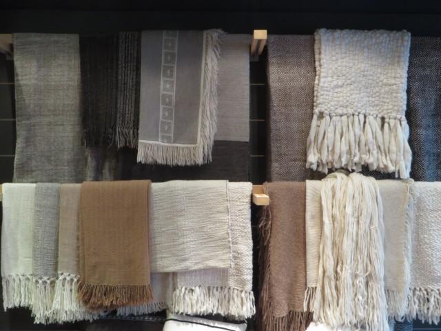Plaids en laine naturelle tissés main