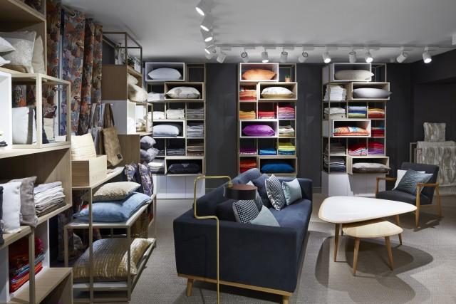 showroom Madura