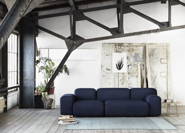 15 inspirations d co en noir joli place for Decoration salon bleu marine