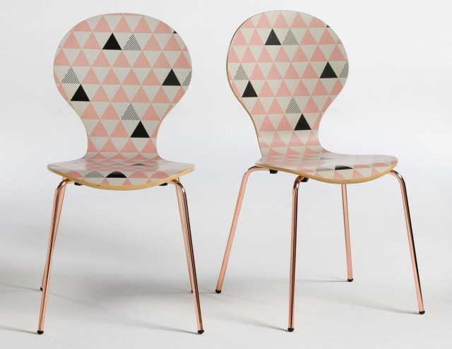 Chaise motif triangle
