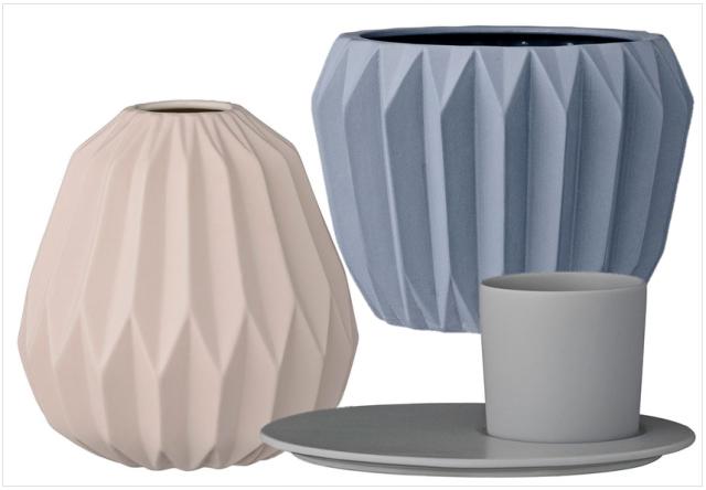 Vase cscandinave en céramique