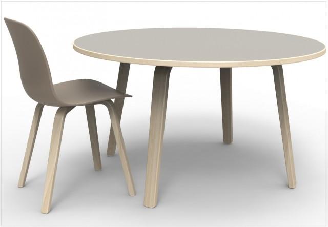 Table et chaise design grises