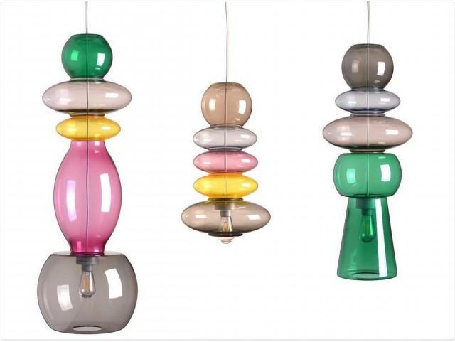 Suspensions transparentes colorées