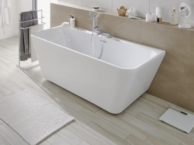 Une salle de bains épurée - Joli Place