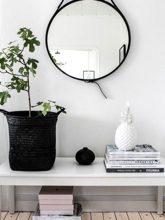 Adoptez un miroir rond joli place for Miroir ikea rond