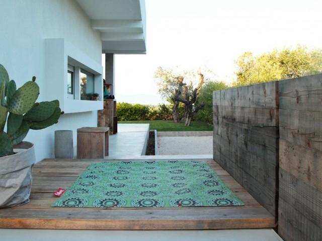 o trouver un tapis d 39 ext rieur joli place. Black Bedroom Furniture Sets. Home Design Ideas