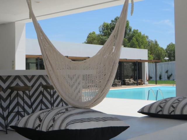 bar-hotel-design-deco-boheme-chic-grece-casa-cook-photo-©-Blog-deco-Joli-Place (1)