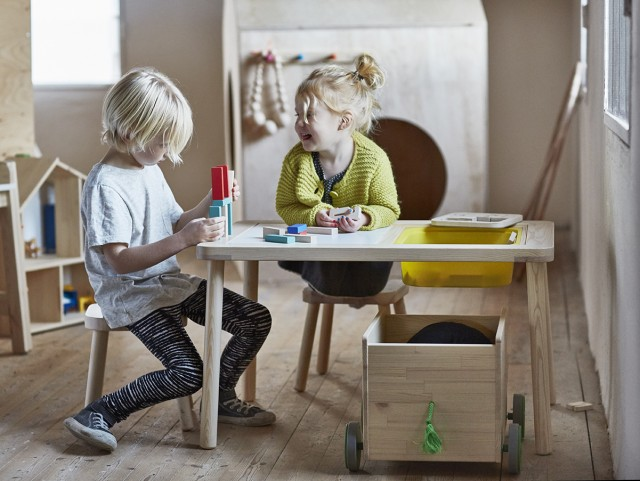 Table dessin ikea for Table enfant pas cher