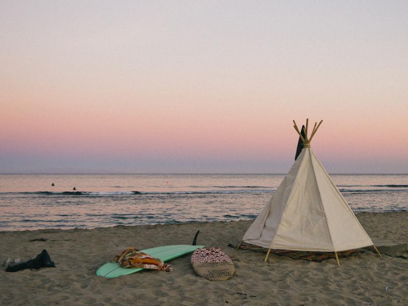 Tipi sur la plage