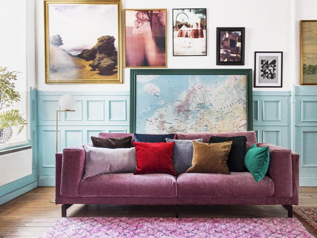 Canapé en velours lilas