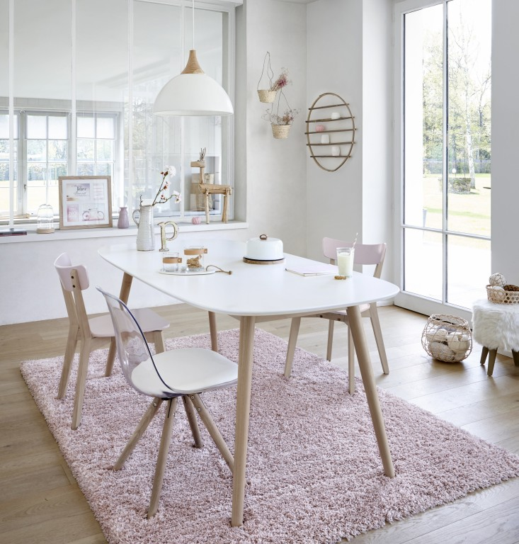 Style scandinave salle a manger for Table salle a manger ronde scandinave
