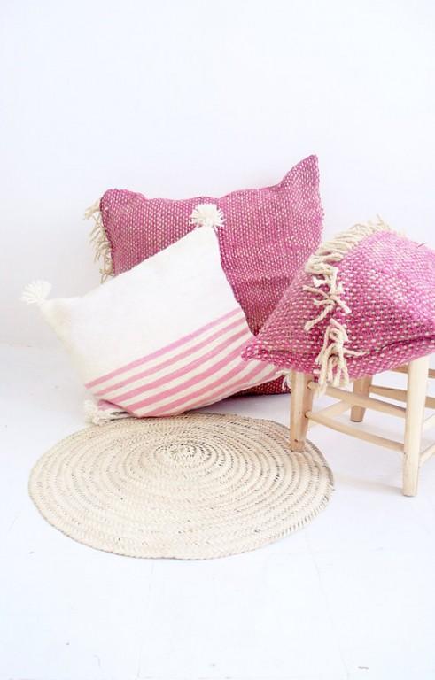coussin marocain rose et blanc