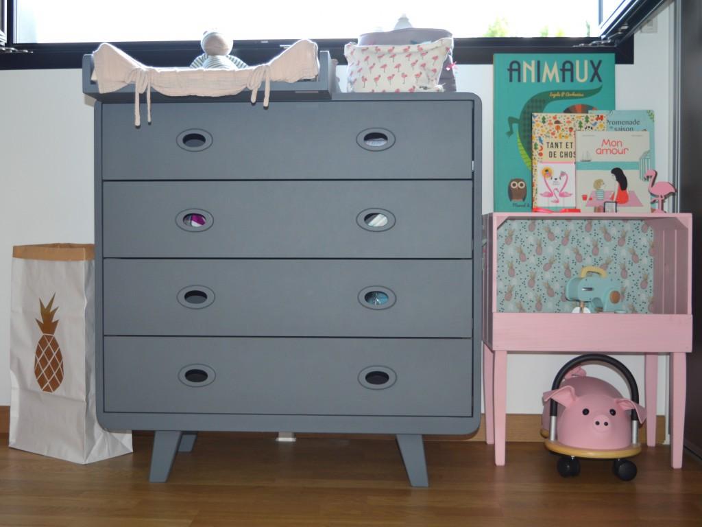 la chambre de lou joli place. Black Bedroom Furniture Sets. Home Design Ideas