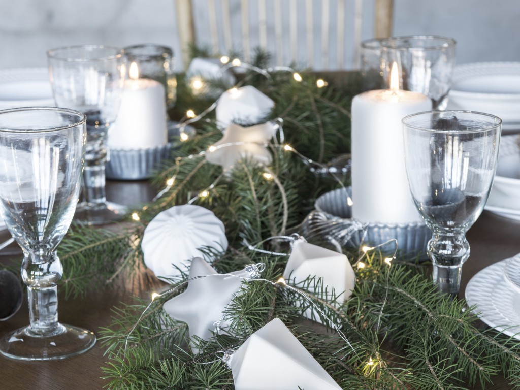7 id es d co tr s nature pour no l joli place for Idee deco table de noel