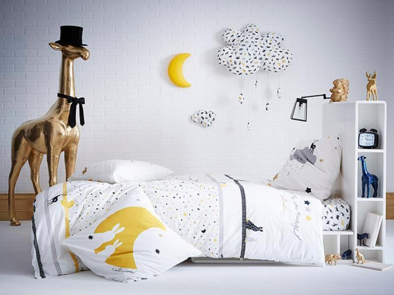 Le linge de lit qui raconte des histoires joli place - Petite couette pour bebe ...