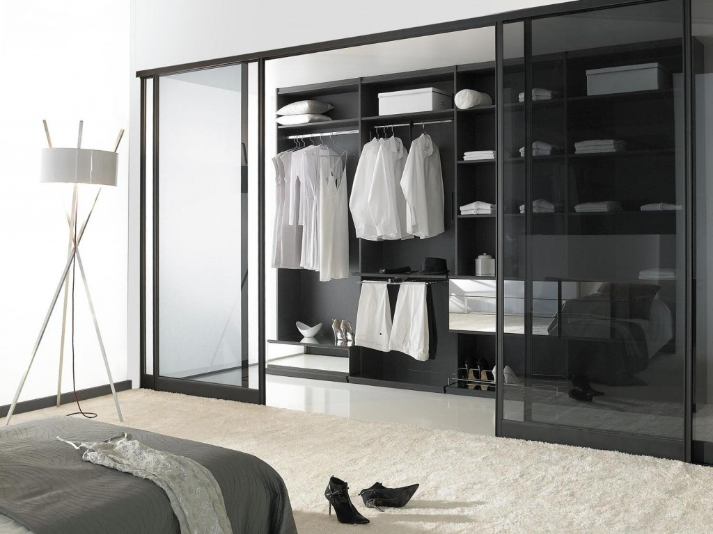 5 effets d co avec des portes de placard joli place. Black Bedroom Furniture Sets. Home Design Ideas