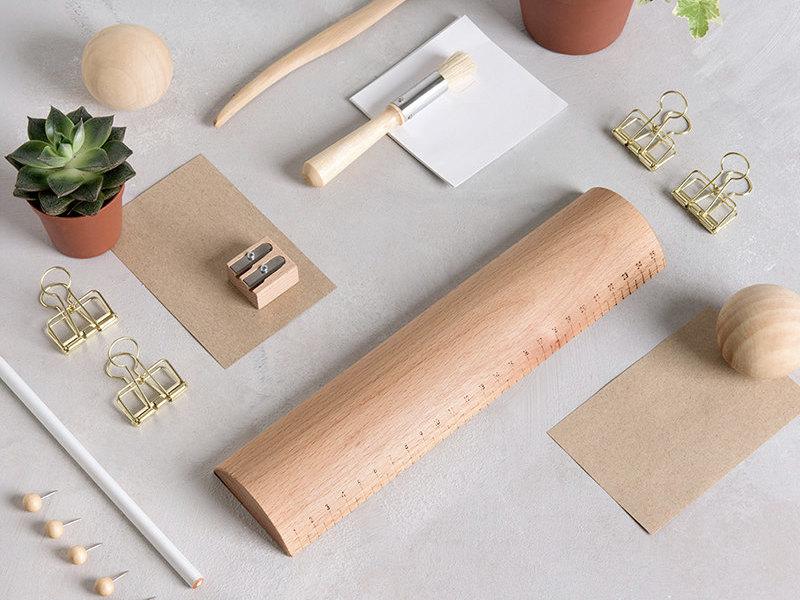 accessoires de bureau en bois