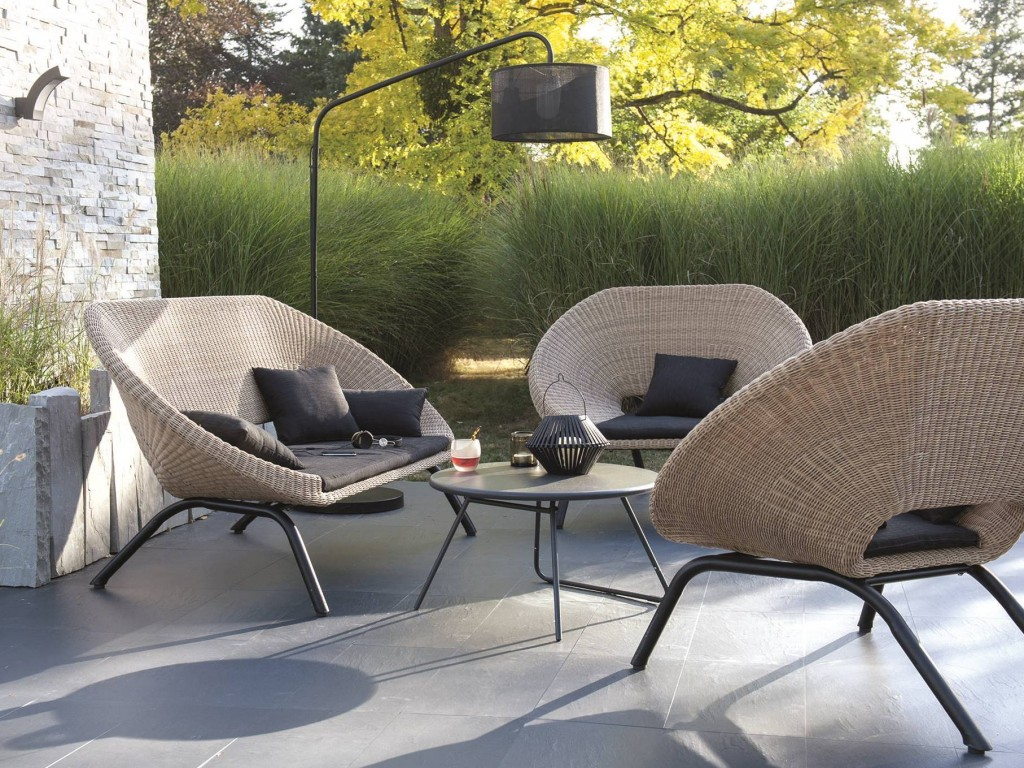 Emejing idee salon de jardin original contemporary for Idee deco salon 15m2