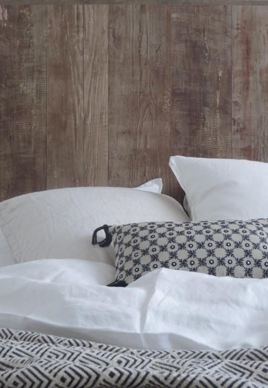 fabriquer une t te de lit fa on bois joli place. Black Bedroom Furniture Sets. Home Design Ideas