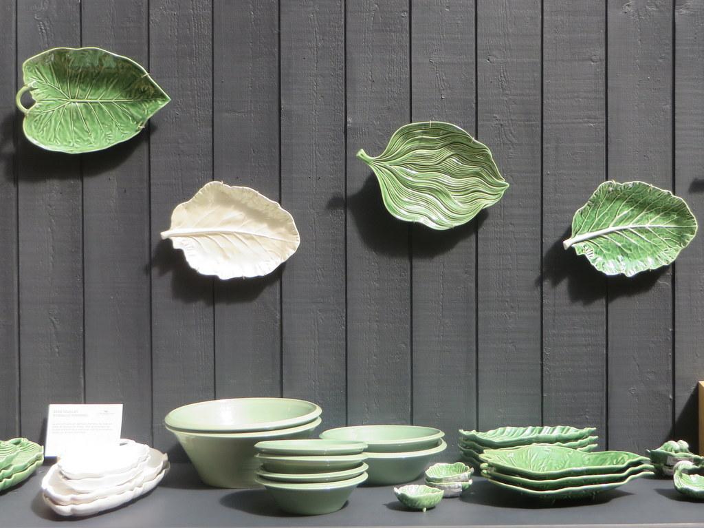 assiettes feuilles