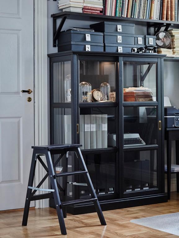 meuble vitrine vitrine noire 399 ikea