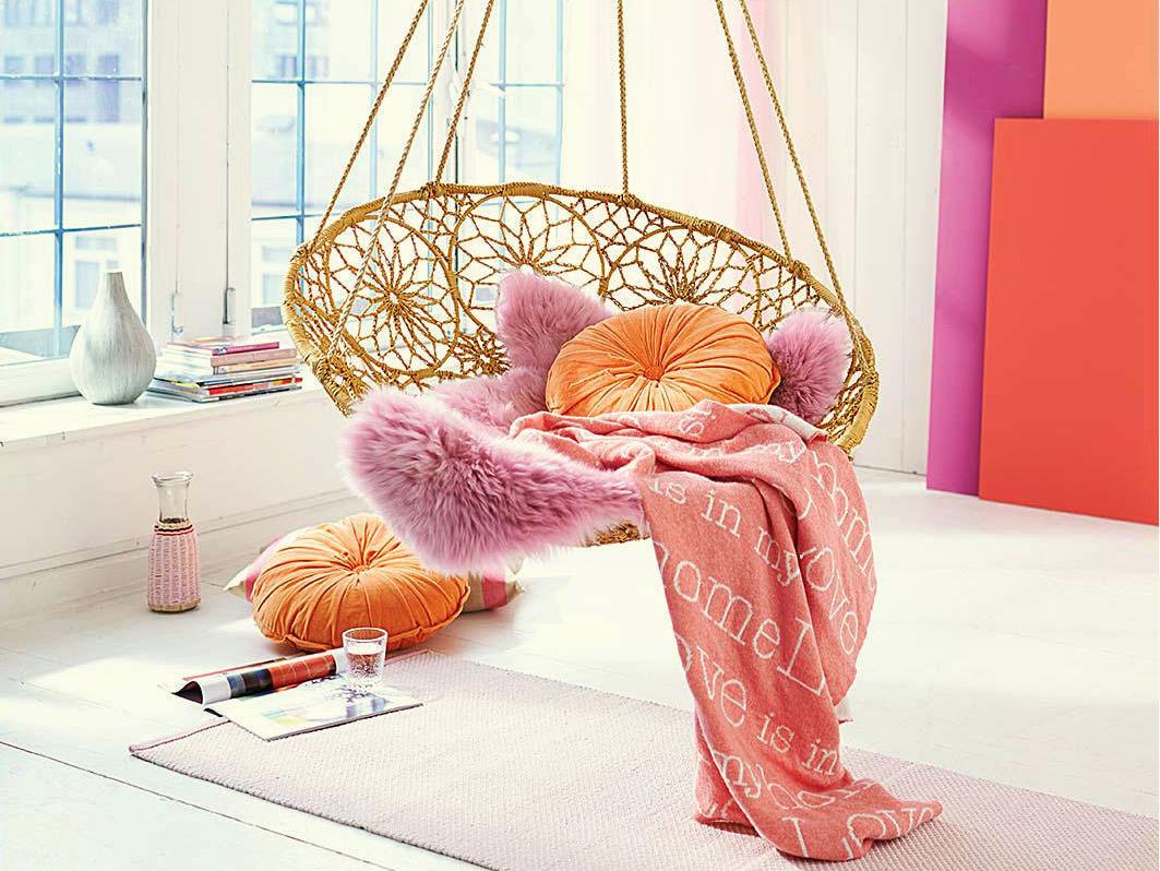 D co rose et orange le bon mix adopter - Salon rose poudre ...