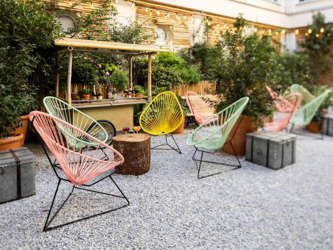 D co v g tale ces lieux atteints par la jungle fever for Deco bambou terrasse