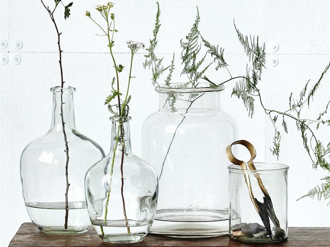 Idee Deco Pour Grand Vase Transparent bouteilles, bocaux, flacons recyclés en vases pour votre déco