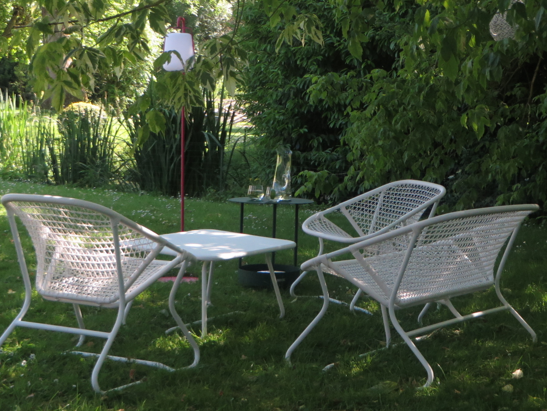 luxe salon de jardin enfant id es de salon de jardin. Black Bedroom Furniture Sets. Home Design Ideas