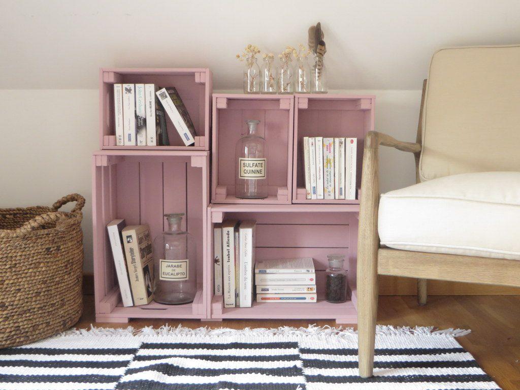 une biblioth que fabriqu e avec des caisses en bois joli place. Black Bedroom Furniture Sets. Home Design Ideas