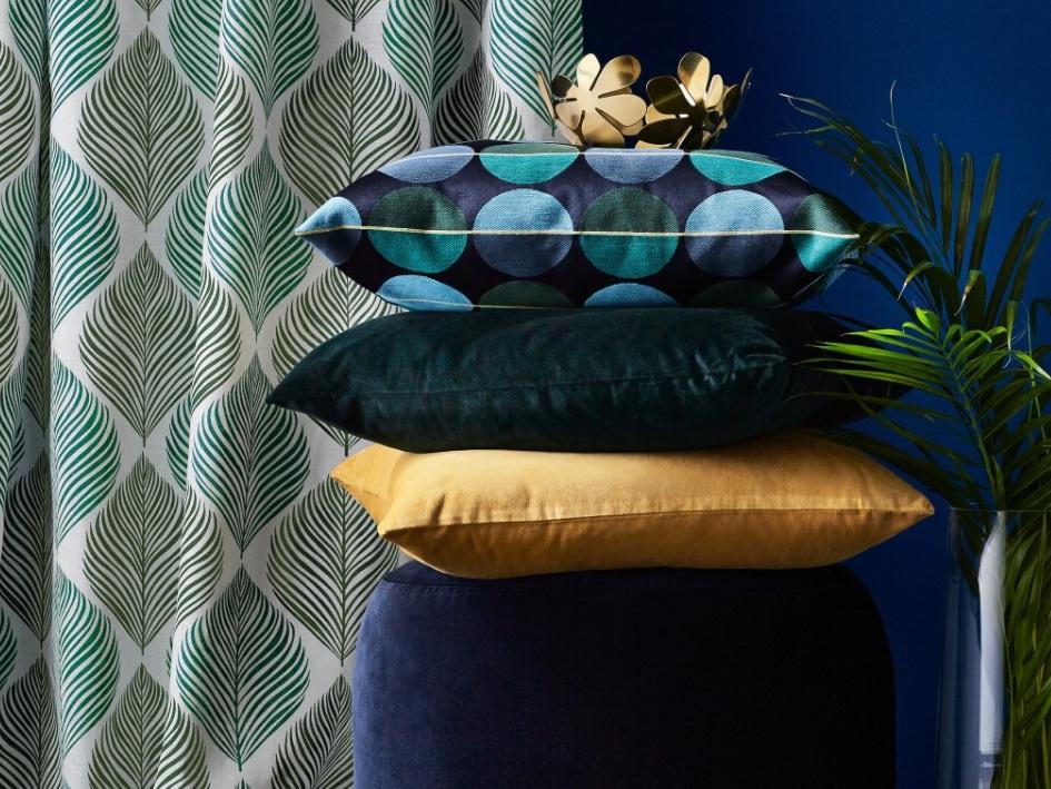 une maison la d co bleu marine imagin e par ikea joli place. Black Bedroom Furniture Sets. Home Design Ideas