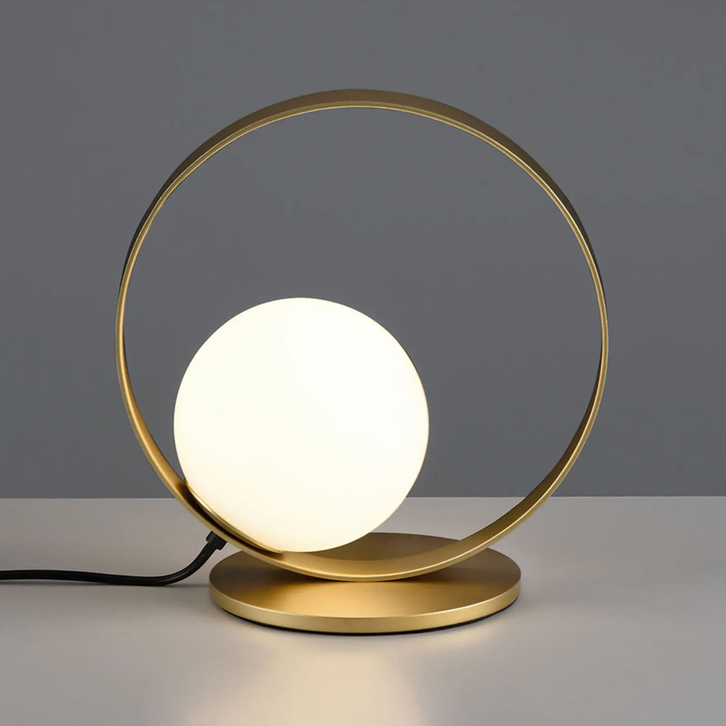 lampe cercle laiton et globe opaline