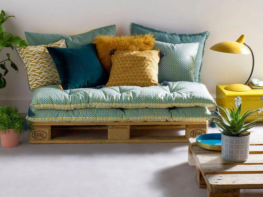 Textiles d co en couleurs osez le m lange joli place - Coussin sol salon ...