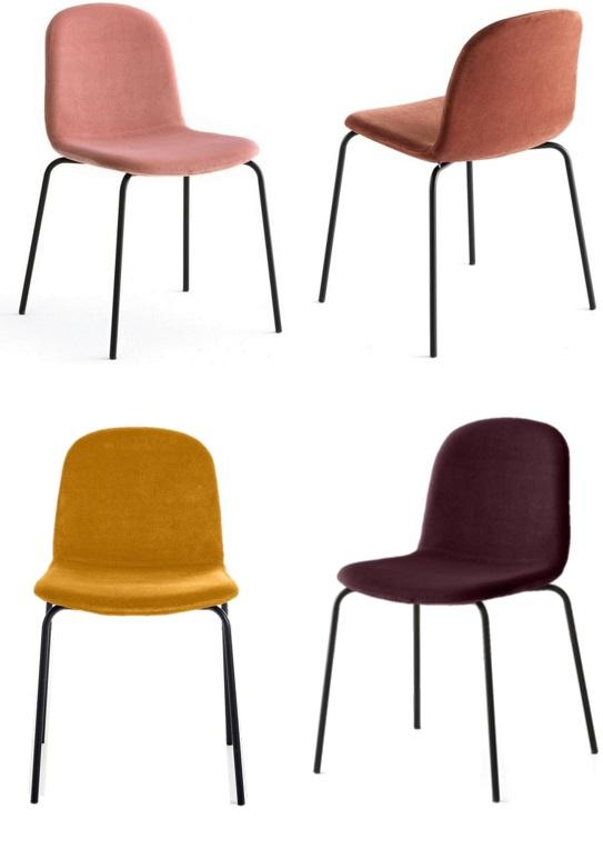 Des chaises en velours autour de la table - Joli Place