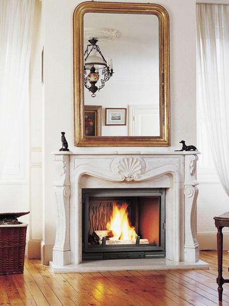 chemin e dans le salon inspirations au coin du feu. Black Bedroom Furniture Sets. Home Design Ideas