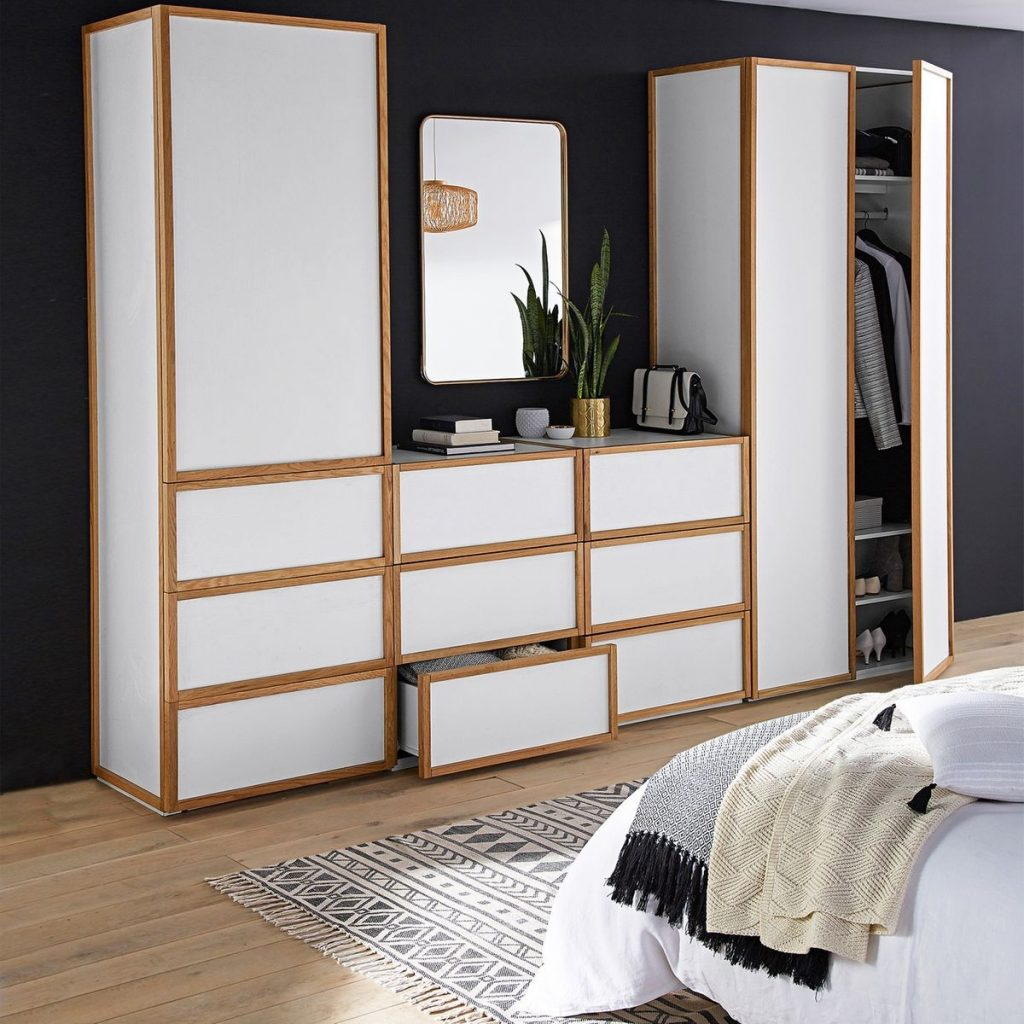 un dressing blanc et bois pour la chambre joli place. Black Bedroom Furniture Sets. Home Design Ideas