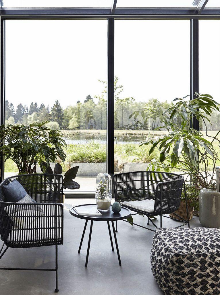 Un salon fa on jardin d 39 hiver des id es d co pour l for Jardin d hiver veranda