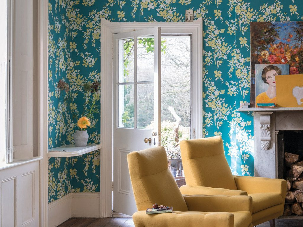 Papier peint fleuri faites entrer la nature dans la maison joli place - La maison du papier peint ...