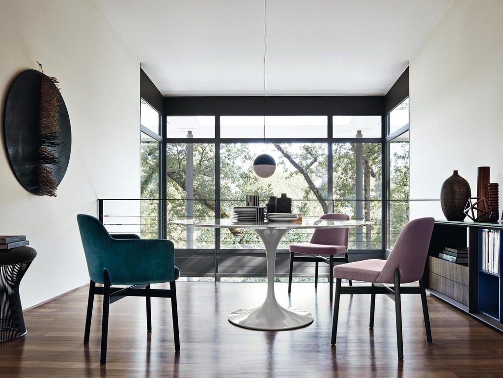 Une table ronde pour la salle manger joli place for Table salle a manger qui prend pas de place