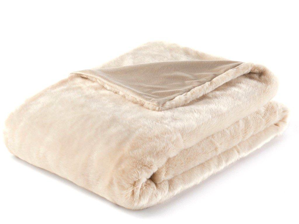 couverture coussins plaid r chauffer le lit avec du. Black Bedroom Furniture Sets. Home Design Ideas