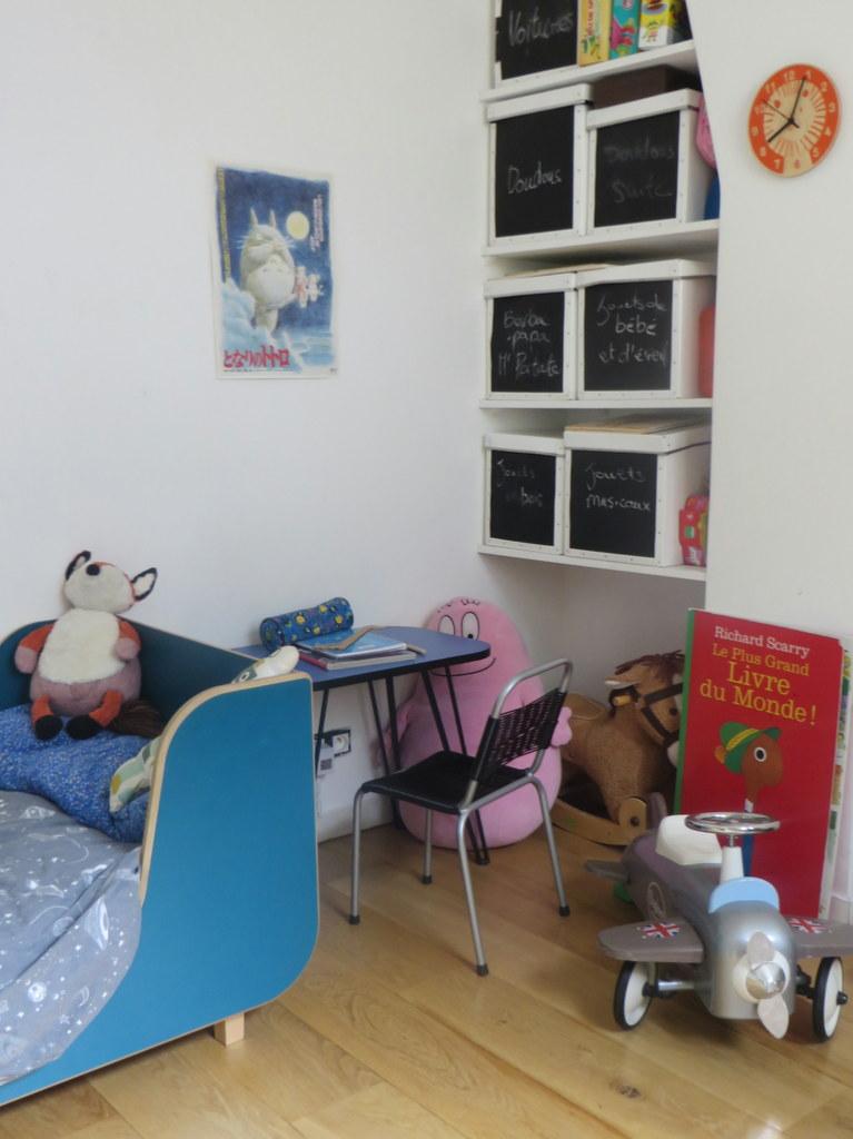 chambre enfant l 39 univers de hermann 4 ans joli place. Black Bedroom Furniture Sets. Home Design Ideas